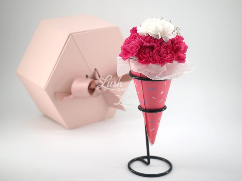 Mini Love Blooms Cone pink