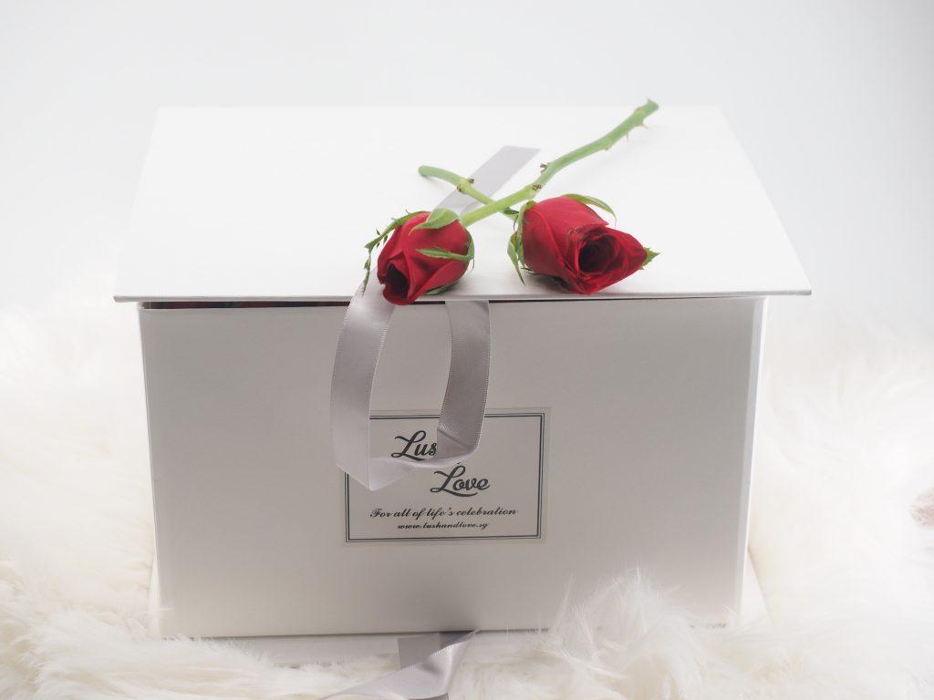 Love letter box (roses)