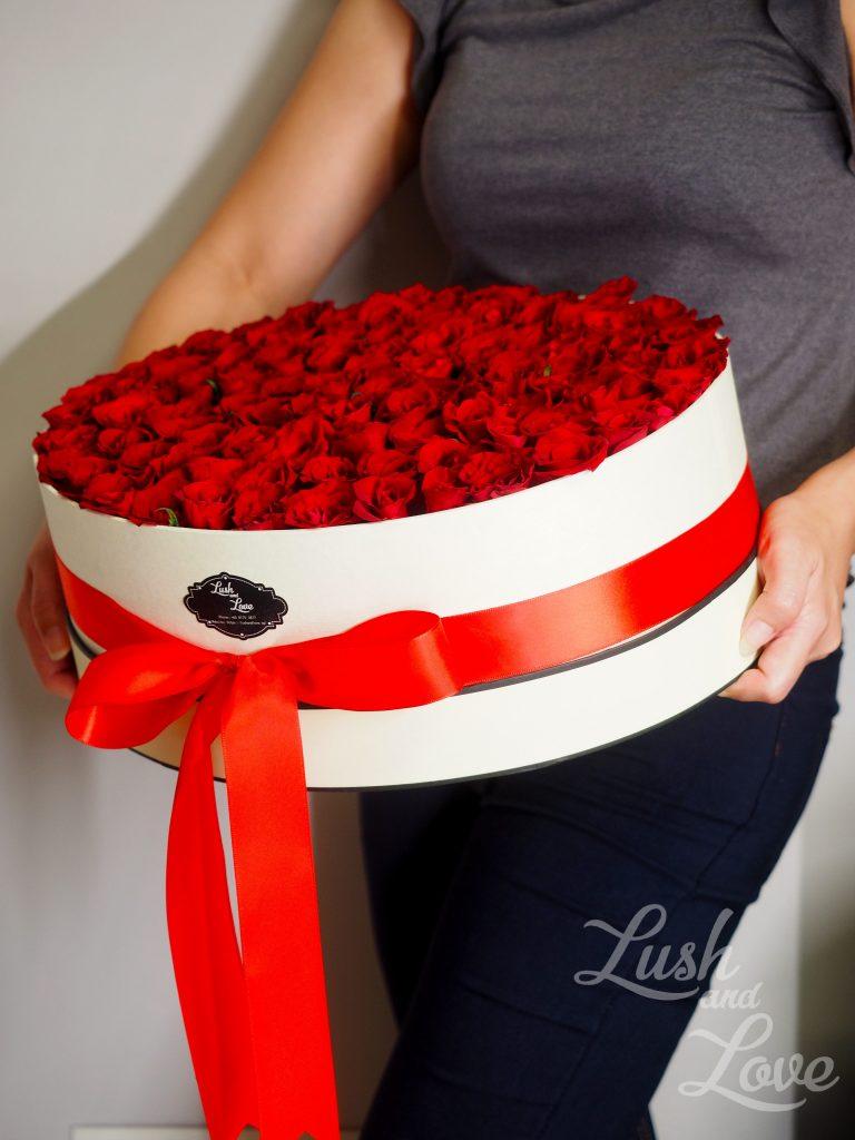 99 red rose box