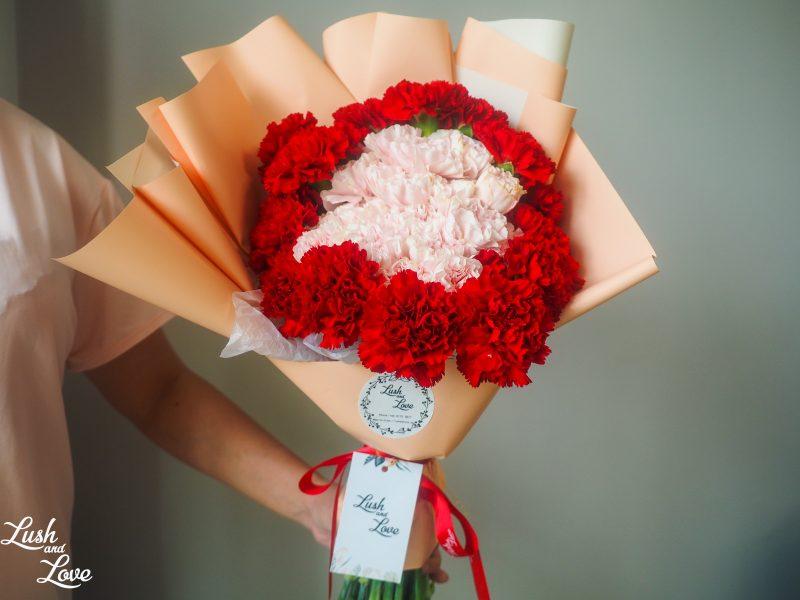 dual tone carnations