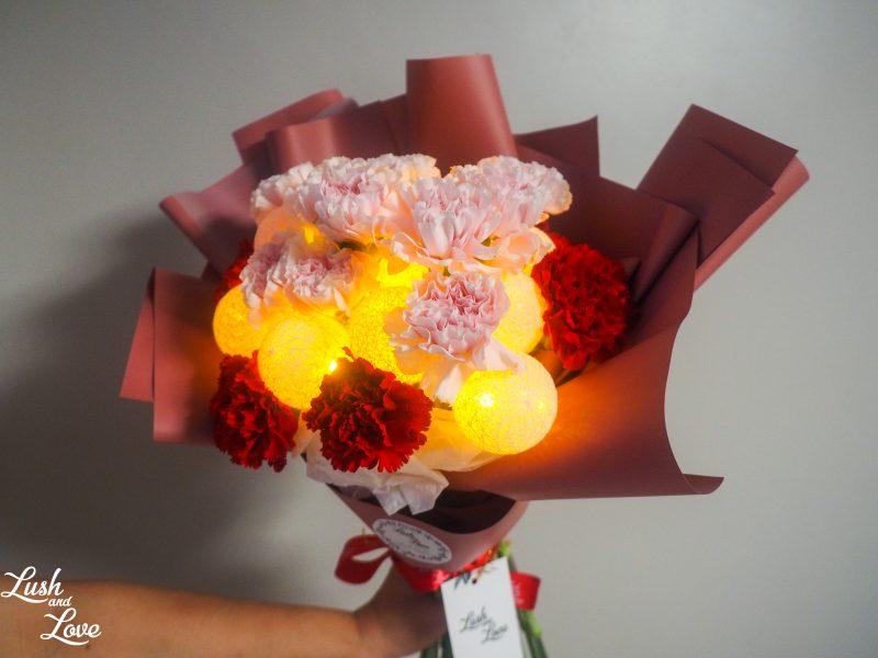LED carnations